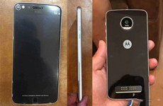 Moto Z Play真机照曝光 支持Quick Charge 3.0快充技术